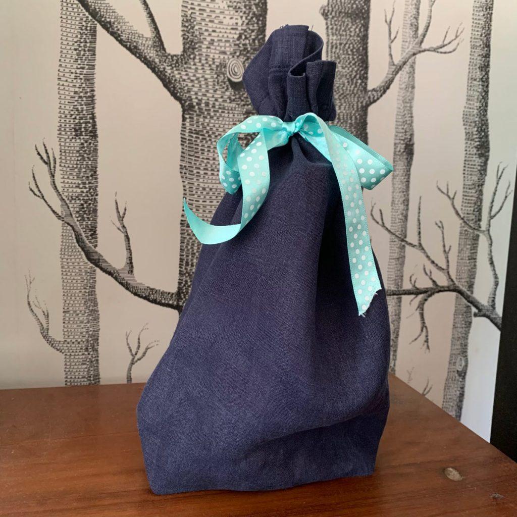 Easy to make reusable fabric gift bag
